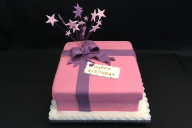Present wrapped with Bow Cake - Happy Birthday